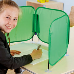 TTS Pop Up Concentration Desk Barrier - in Green