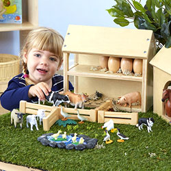 TTS Wooden Farm Buildings Small World Play Set [EY06803]