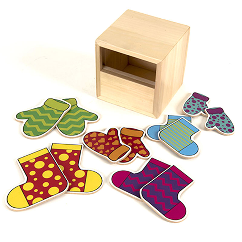 TTS Matching Pairs Socks and Mittens Posting Set - EY06693