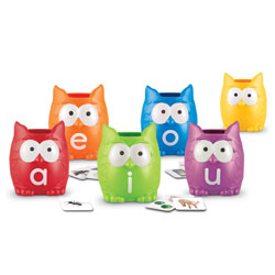 Vowel Owls Sorting Set - by Learning Resources